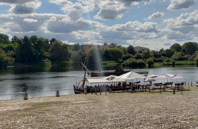 Rio Dordonha e as Gabares em Bergerac