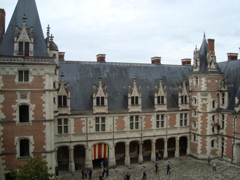 Pátio interno do Château de Blois