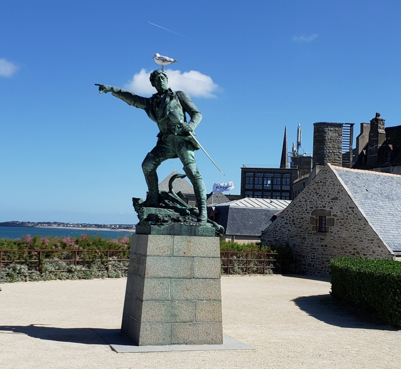 Estátua de Jacques Cartier, em Saint-Malo
