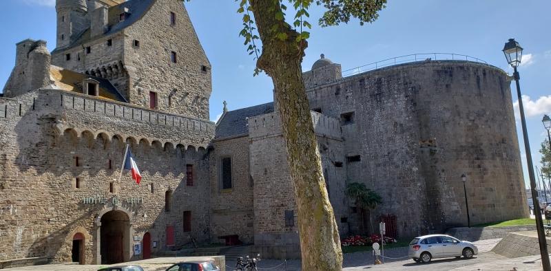 Prédio da prefeitura de Saint-Malo