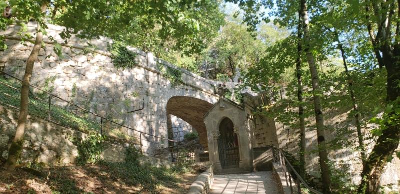 Rampa - alternativa de acesso ao santuário de Rocamadour
